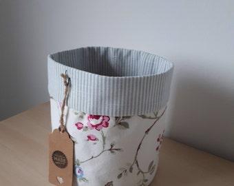 Round fabric storage box