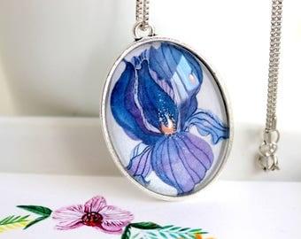 Iris Oval Medallion, oval pendant, flower pendant, silver medallion, handmade, gift idea, hand painted flower, iris