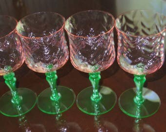 """4 WATERMELON HERRINGBONE OPTIC Wine Water Depression Glass Pink & Green Bulbous Ball Stems Green Bases 7"""" Goblets Glasses 10 Oz. Excellent!"""