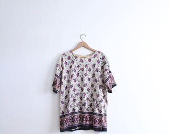 Speckled Blob Pattern 90s Tee