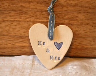 Mr and Mrs Pottery Heart, Wedding Day, Party, Just Married, Newly Weds, Hand Painted Ceramic Love Heart, Celebration, Congratulations, Wed.