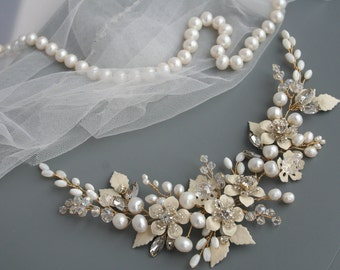 Ivory Flower hair comb Bridal headpiece Flower Bridal hair comb Flower Wedding hair comb Bridal hair accessories Wedding hair accessories