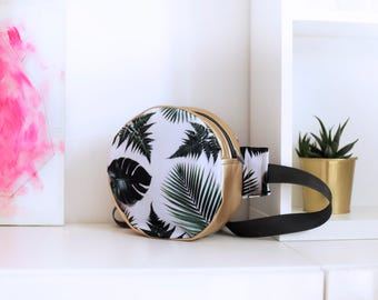 bumbag with gold and leafs