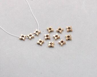 50Pcs, 6.5mm Raw Brass Flower Beads , Hole Size 1mm , SJP-A383