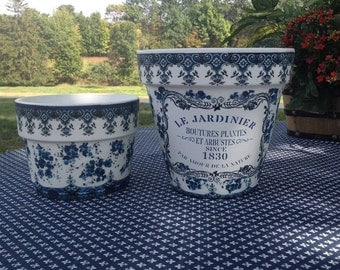 Set Country Cottage Le Jardinier Designer Flower Cache Pot, Blue & White French Country Planter, Farmhouse Shabby Chic Gardener Wedding Gift