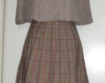 Vintage Knitwear / Turtleneck Cape made in Italy; Taupe Color Cape; Shoulder Poncho; Neck & Shoulder Warmer Acrylic / Wool / Mohair blend