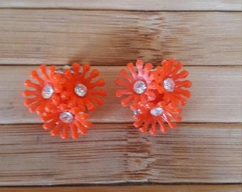 Orange clip on earrings, 1960s earrings, clip on earrings, plastic earrings,