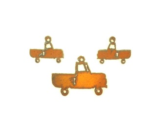 Truck Rusty Metal Pendant/Charm And Earrings 3-Piece Set