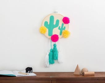 Cactus mobile, cactus baby mobile, Cactus wall hanging, cactus decor, cactus hanging, cactus interior, felt cactus, tassels