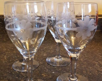 Set of 4 etched glass stemware