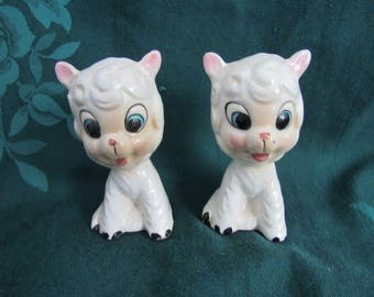 Vintage Lamb Salt and Pepper Shakers, Made in Japan, Stinking Cute