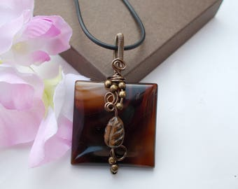 Wire wrapped pendant , wire wrapped jewelry , agate pendant , gemstone pendant , wire jewelry , wire pendant , gemstone jewelry , agate