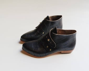 The Mussenden. Black Croc Embossed. 3cm. Handmade boots. Classic shoes.