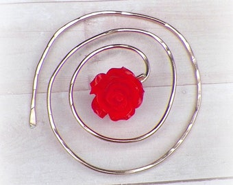 Mimimalistic Pin Spiral Shawl Penannular Brooch Red Rose Vintage Hammered Minimalist  Style Scarf Pin Outlander