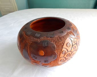 Vintage Carved Wood Hawaiian Bowl - Carved Wood Bowl from Hawaii - Carved Flowers, Pineapple, House Centerpiece from Hawaii - Carved Wood