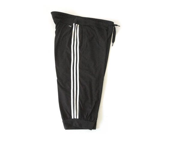 Adidas black three quarter pants