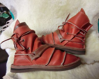 41.5 Granada red leather boots