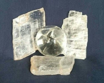 Three Selenite Crystals / Meditation Gemstone  / Raw Crystal / Healing Crystal / Quartz Crystals / Reiki / Chakra / Selenite Slab / White