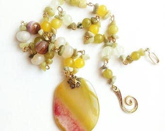 Agate pendant necklace unique gemstone chain yellow jewelry jade quartz agate pendant honey gold gift for her handmade exlusive carved beads