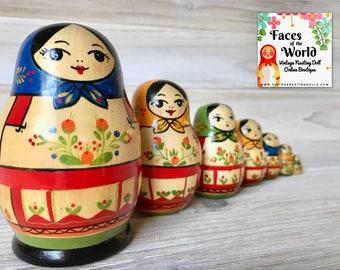 Rare Vintage Yoshkar Ola, Mari El Nesting Dolls with Flowers, Christmas Nesting Dolls, Matryoshka Gift, Hanukkah Gift, Russian Dolls