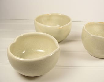 Small Pottery Bowls set of 3, Serving Bowls, Dipping Bowls, Ring dishes, Jewelry dishes, Heart bowls, Pottery Gift.