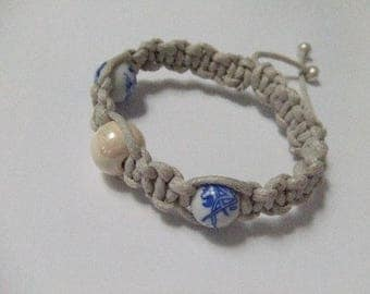Cotton ecru porcelain and ceramic macrame bracelet