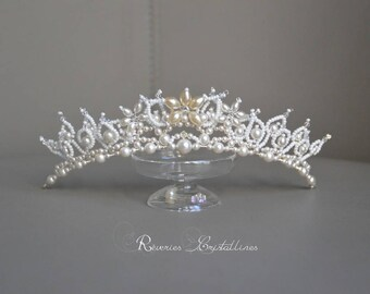 Tiara wedding pearls and Crystal, pearls and Swarovski crystals - bridal tiara, wedding crystal crown, ivory and white