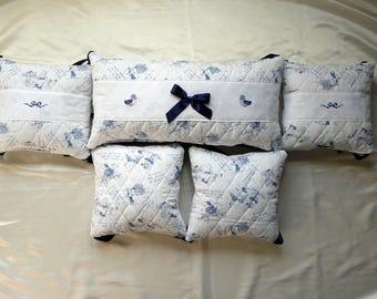 Navy round bed small pillows for baby