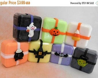 On Sale Halloween Soap - Pumpkin Soap - Witch Soap - Candy Soap - Halloween Favors - Halloween Party Favors - Halloween Guest Soap - Trick O