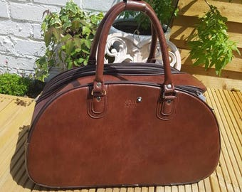 Rolling luggage bag. Weekend bag - carry on flight bag - cabin bag - Mont Blanc vintage tan faux leather bag - hand luggage
