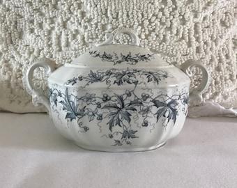 VINTAGE IRONSTONE TRANSFERWARE Sugar Bowl + Lid •  Transferware Jar • Such a pretry cottage / farmhouse piece !