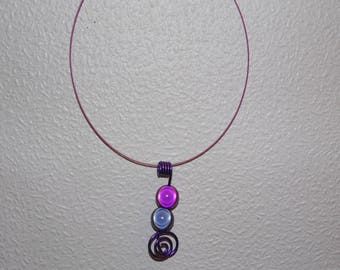 Choker with magic beads pendant