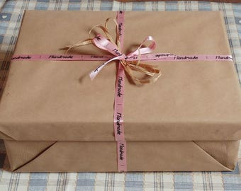 Gift wrapping. Existing order add on only.