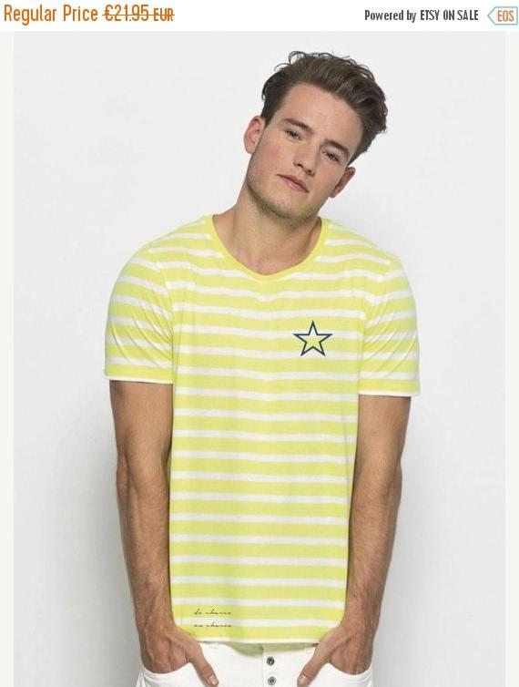 REBAJADO Round neck men short sleeve t-shirt white-lime stripes and a navy star