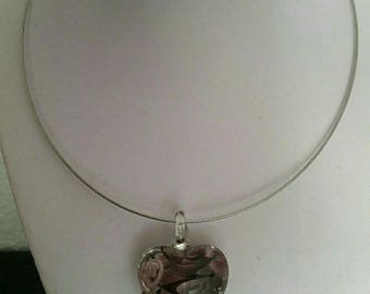 Pink glass heart pendant necklace