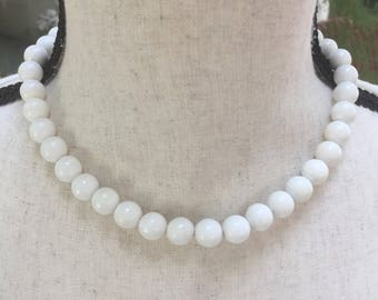 Vintage White Bead Choker, Necklace, Vintage Wedding, Retro Rockabilly, Lucite Beads, Reclaimed Jewelry, Gift for Her, Eco Friendly