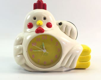 Chicken Radio Alarm Clock by Hopesonic