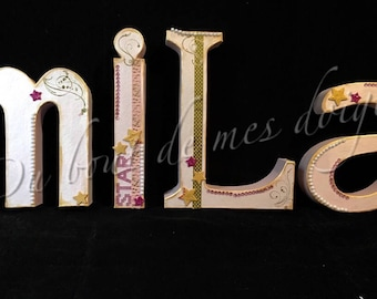Letters of 30 cm customisable on request