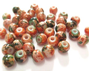 20 green speckled orange painted glass 4mm (A-20) beads