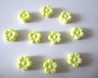 beads 10 mm yellow 8.5x9x4 flower acrylic