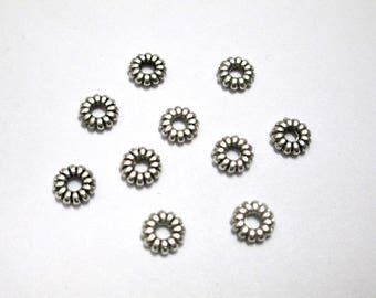 20 metal beads Silver Flower spacer rondelle aged 6mm