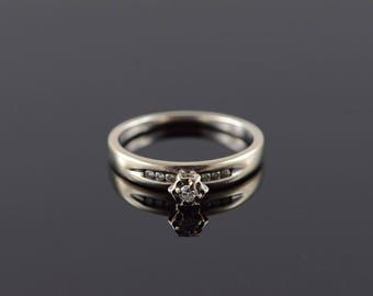 10k 0.10 CTW Diamond Engagement Ring Gold