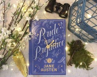 Book Clock Pride and Prejudice