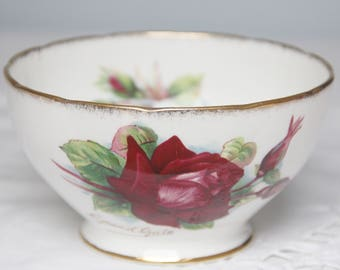 Vintage Roslyn Sugar Bowl, Grand Gala, Six World Famous Roses by Harry Wheatcroft, England