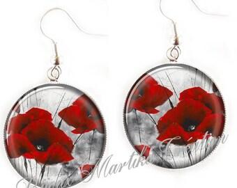 Poppy silver Cabochon earring