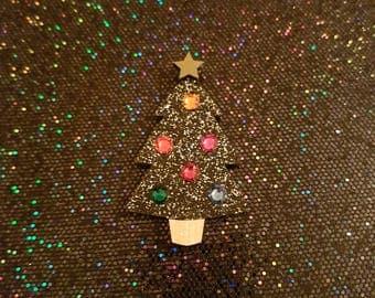 Christmas Tree Brooch - Laser cut acrylic