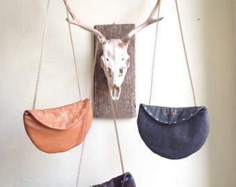 Grey clutch shoulderbag
