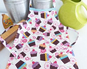 Youth/Tween Size Apron, Cupcake Print, Handmade Apron, Party Favor, Kids Retro Apron, Pink Cupcakes, Child Chef Apron, Boy or Girl apron
