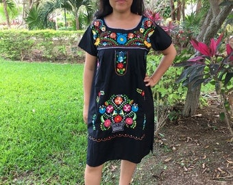 Mexican Embroidered Dress for woman - Dress or basket- vestido de canasta