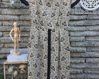 Vintage 1950's Marcy Allen Dress *  Taupe * Black Embroidered Leaves * Extra Small
